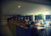 Food Court - etaj 2