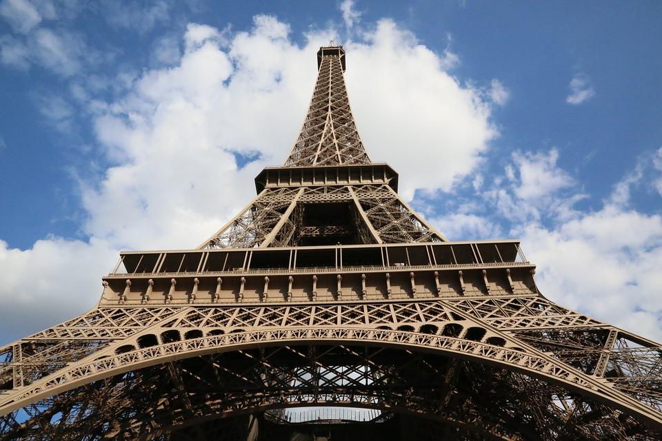18 DE LUCRURI PE CARE TREBUIE SA LE FACI INTR-UN CITY BREAK IN PARIS