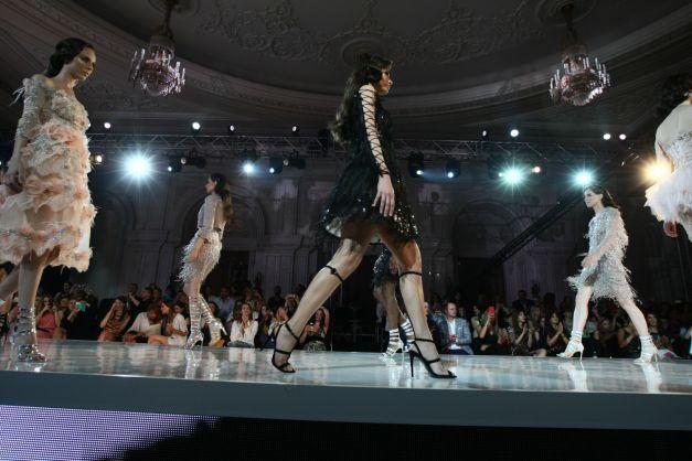 NISSA-SS17-deschidere-magazin-Nissa-evenimente-inaugurare-Bacau-haine-elegante-femei-little-black-dress-rochie-neagra-de-seara-eleganta-cocktail