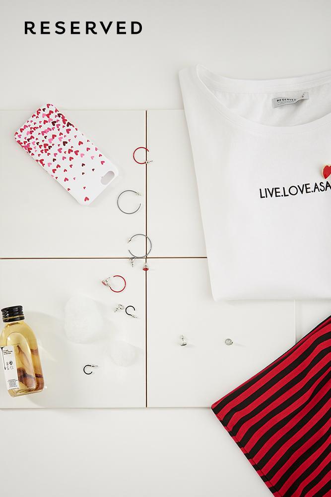 Valentine's-Day-Arena_mall-Bacau-Reserved-inspiratie-cadouri-timp-liber-cumparaturi-shopping-cadouri-Ziua-Indragostitilor-mall-Bacau-V-Day-2017