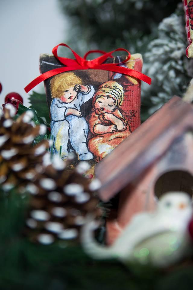 Expozitie de Craciun decembrie 2017-targ de Craciun-obiecte handmade, obiecte decorative