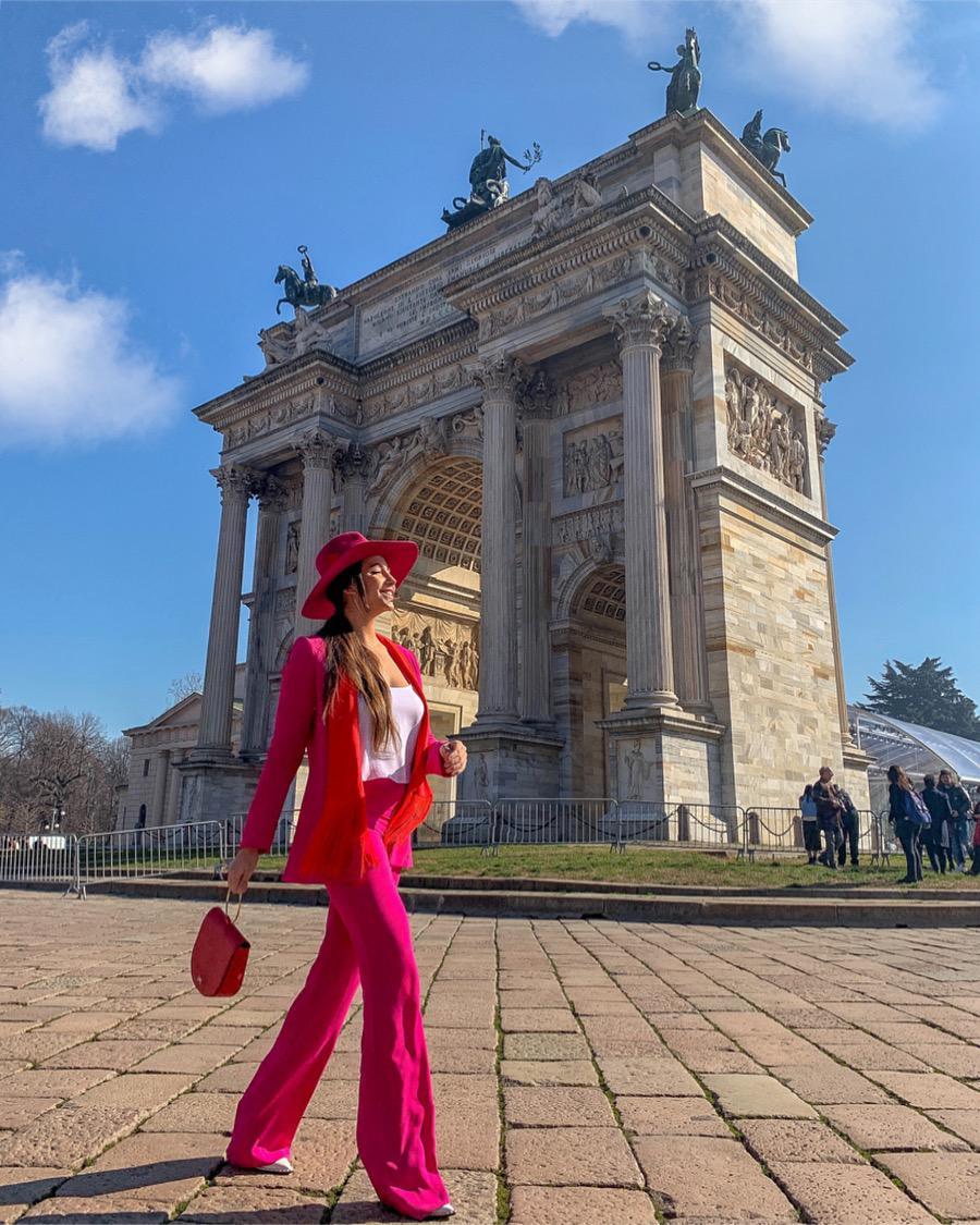 nissa-colectii-primavara-rava-2019-roz-rosu-arena-mall-rochii-de-vara-rochii-elegante-de-seara