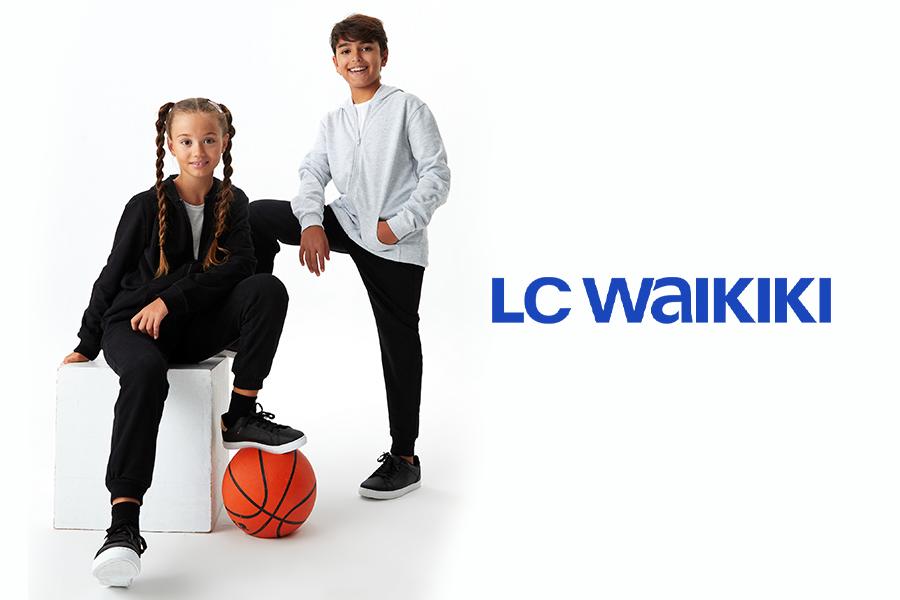 campanii-back-to-school-ecizite-haine-copii-pentru-scoala-lc-waikiki-arena-mall-bacau